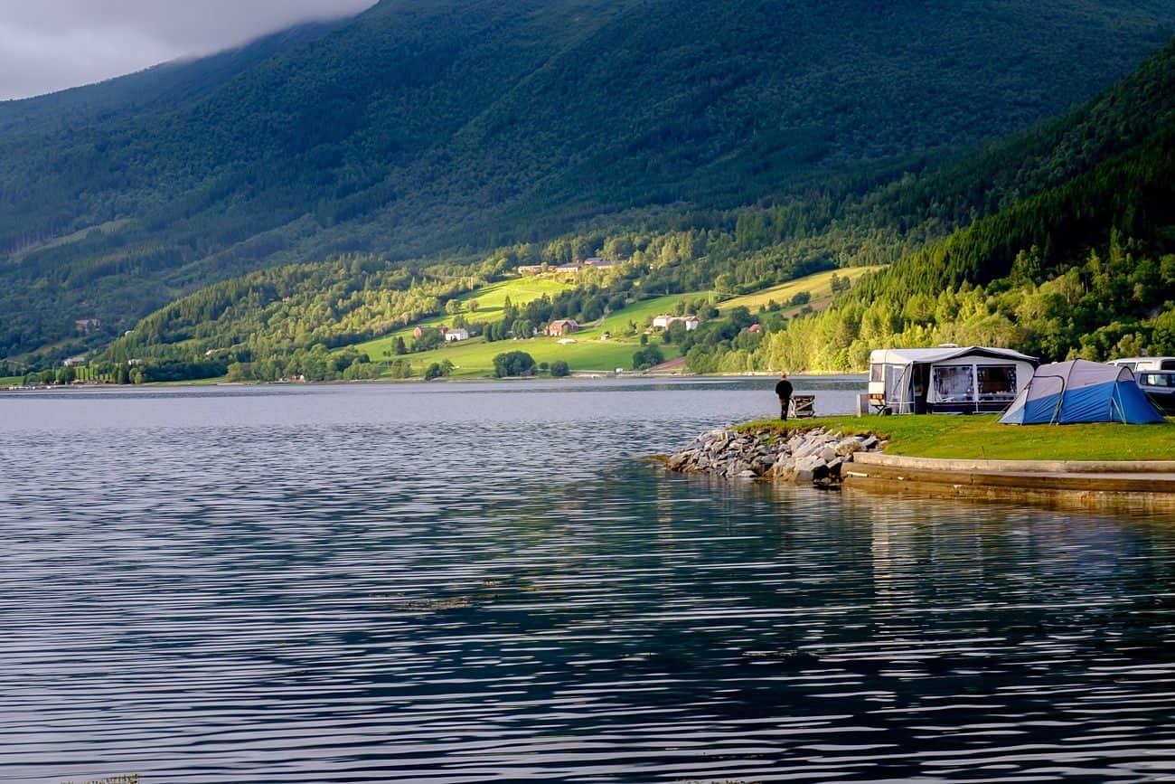 Glamping w Norwegii | Wypożyczalnia kamperów