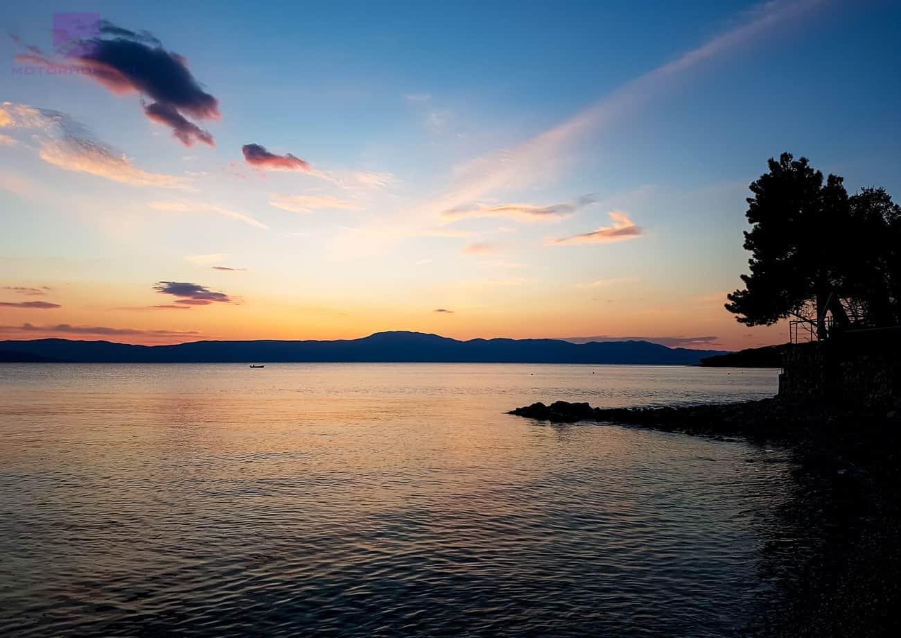 """Featured image for """"Zachód słońca na wyspie Krk"""""""