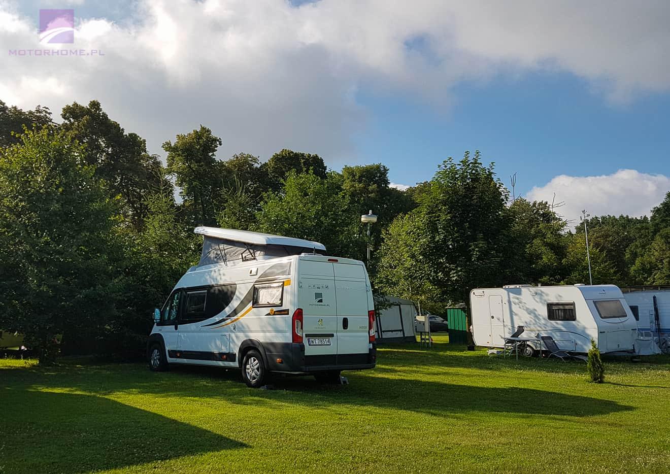 Wakacje kamperem