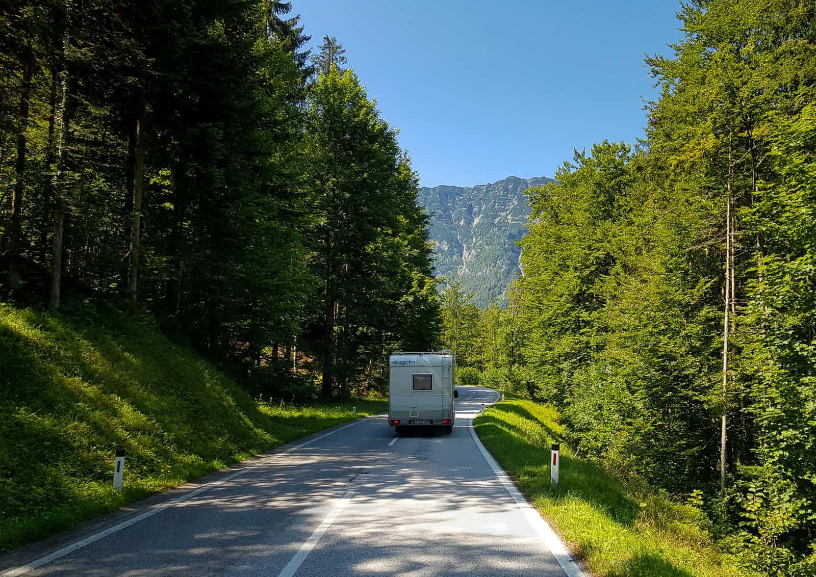 Ile kosztuje podróżowanie kamperem