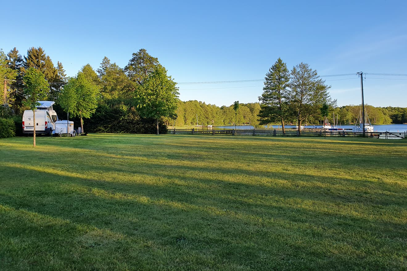 Pole namiotowe Bobięcin
