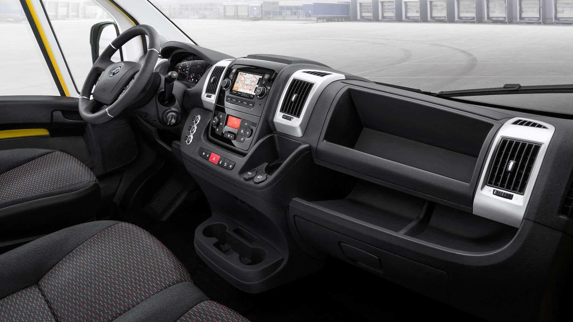 Opel Movano 2022 - deska rozdzielcza
