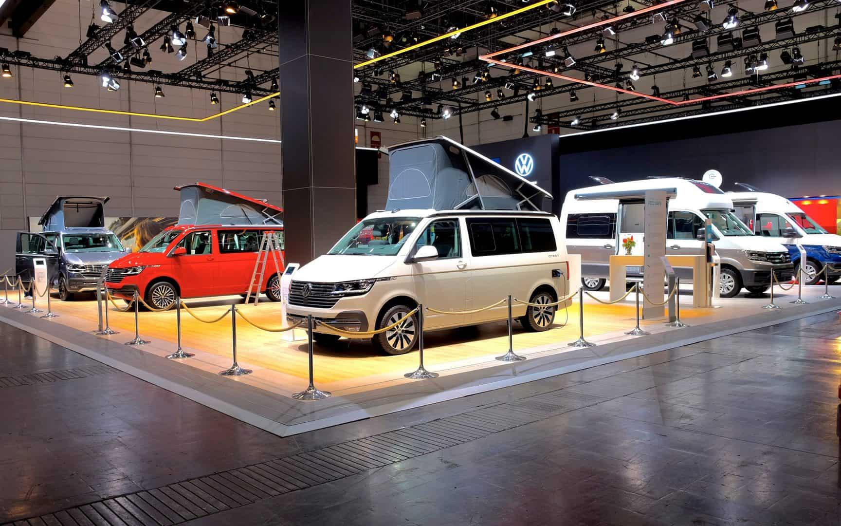 Caravan Salon 2021 - stoisko firmy Volkswagen